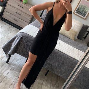 Black high low slit maxi dress xs